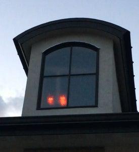 "Arduino-powered LED ""Spooky Eye"" Halloween Effect"