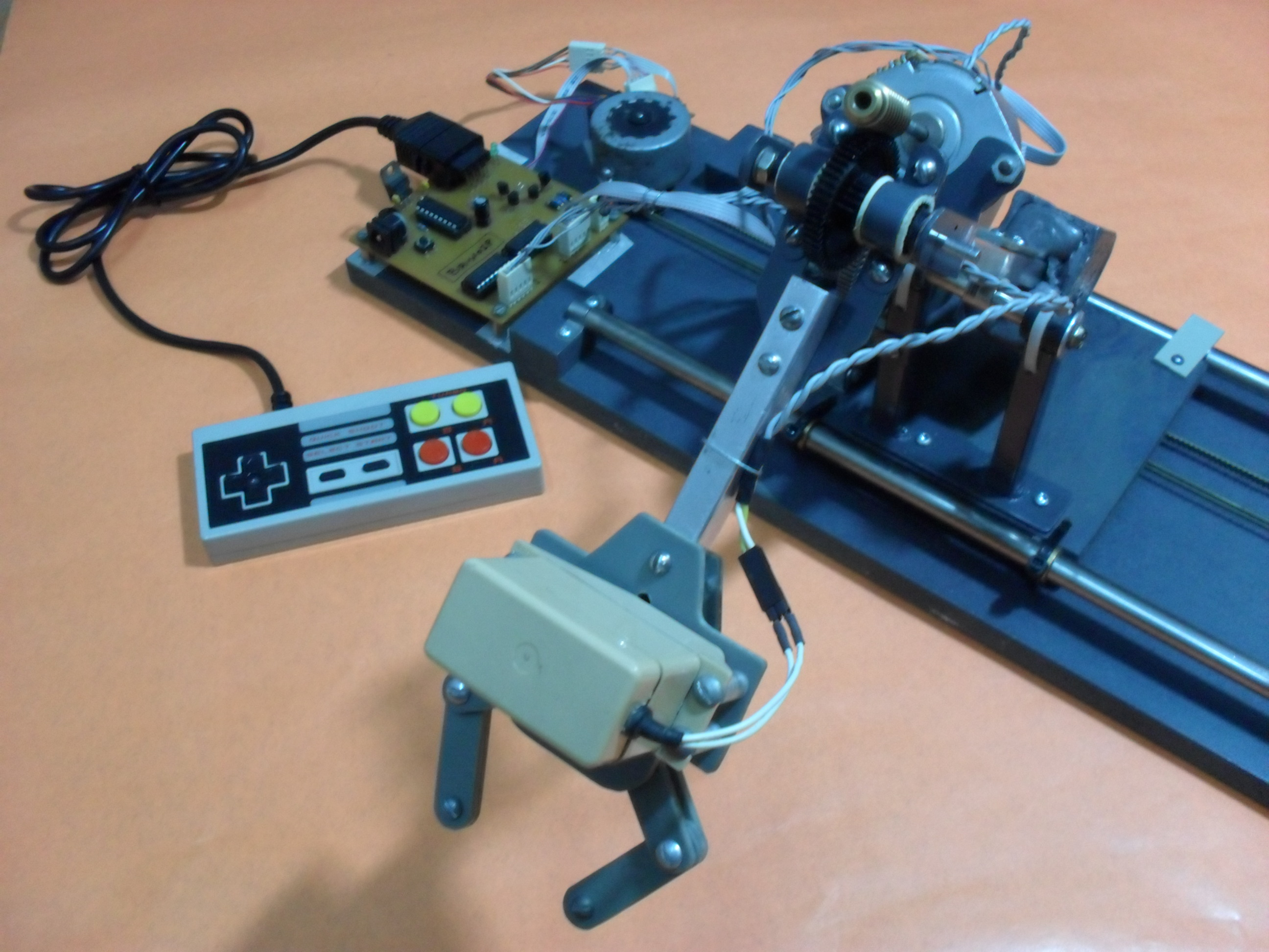 Picture of Robotic Arm Controlled by NES Gamepad