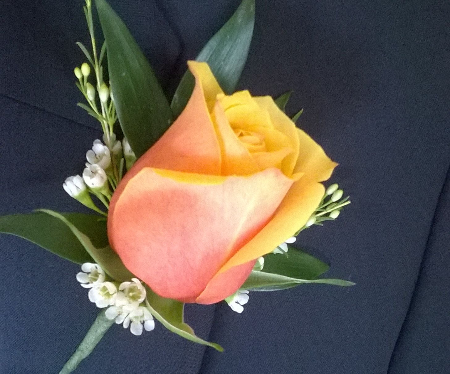 Diy Flower Boutonniere 9 Steps With Pictures