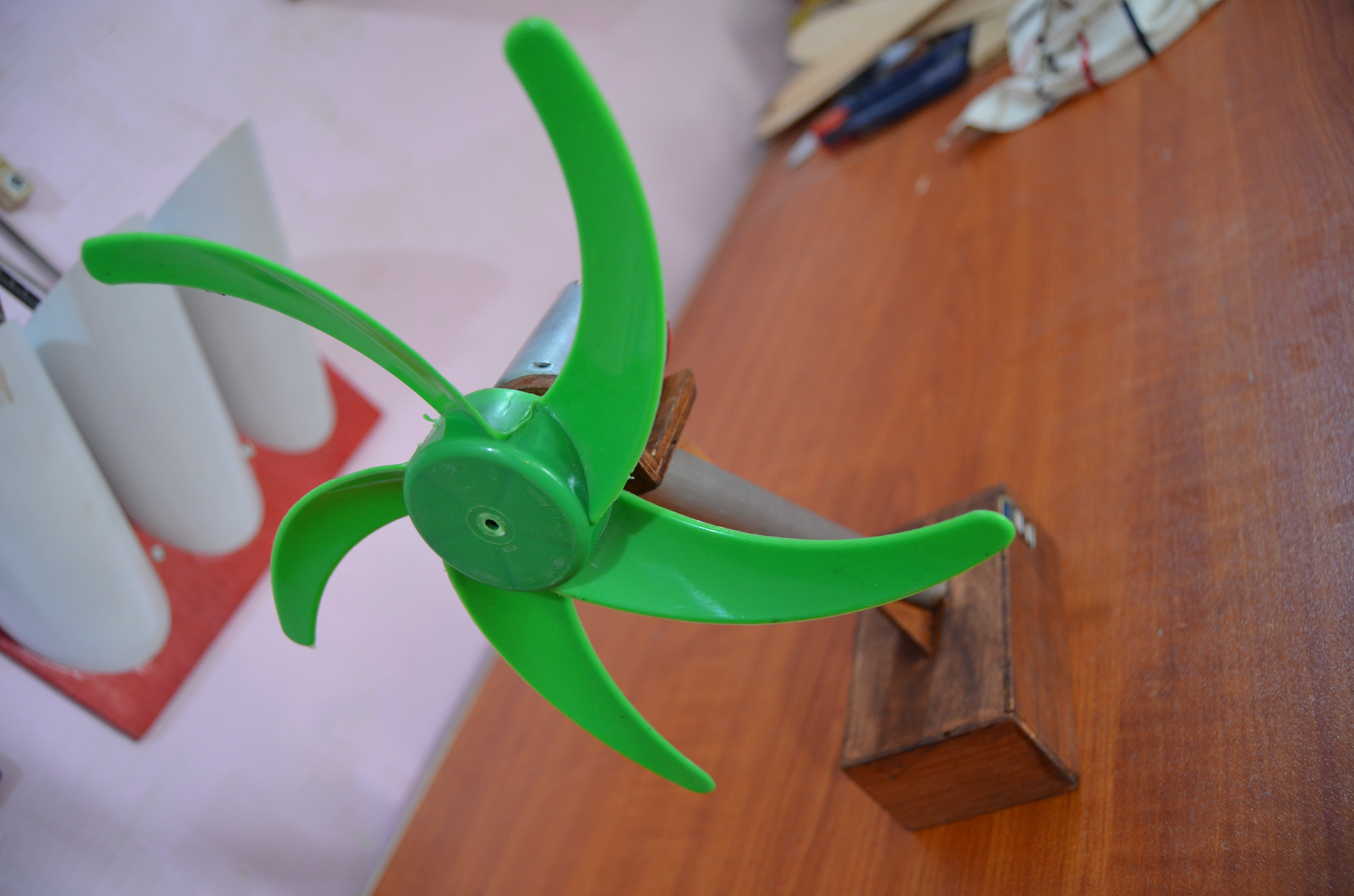 Picture of DIY Portable Power Bank and Table Fan