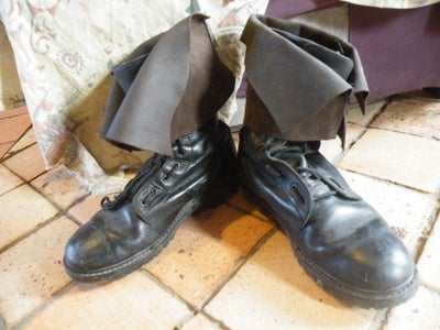 Turn Old Military Boots Into Pirate Boots!