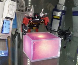 Lighting for Transformers™ Masterpiece Soundwave's Energon Cube.