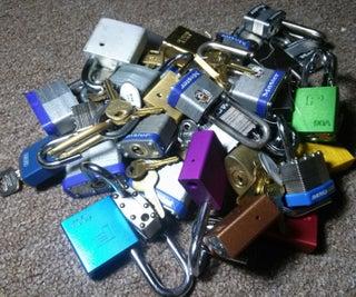 The Lock Box: Lockpicking Display & Practice Stand