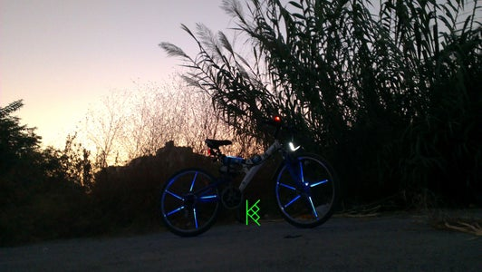 BIKE GLOW STICKS DIY