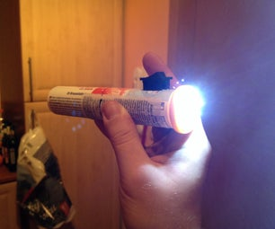 Free Rechargeable Flashlight From LEDs and Lithium Battery