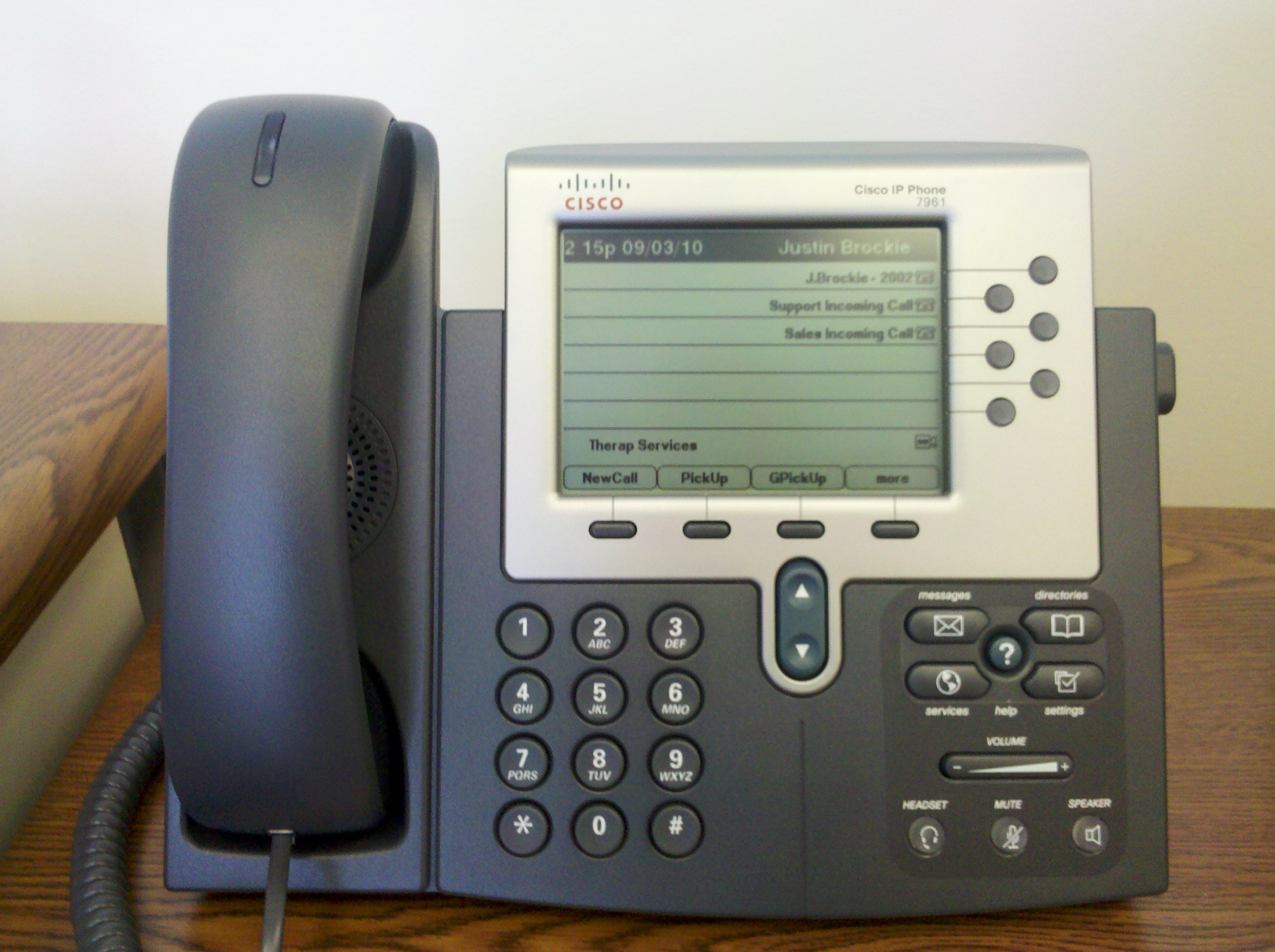 How to Get Emergency Power From a Phone Line: 5 Steps