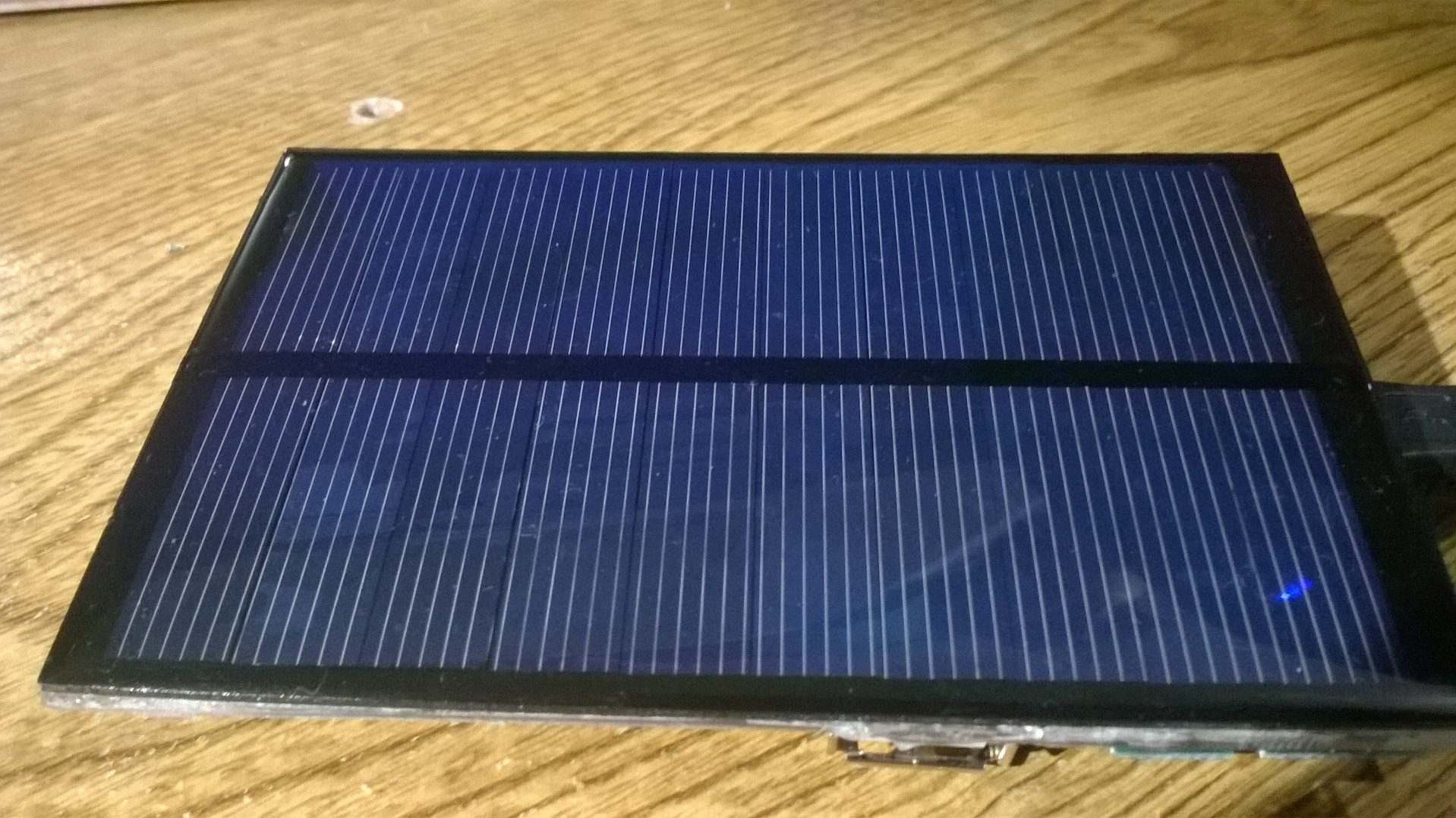 Picture of Solar/Wall Charged Battery Pack