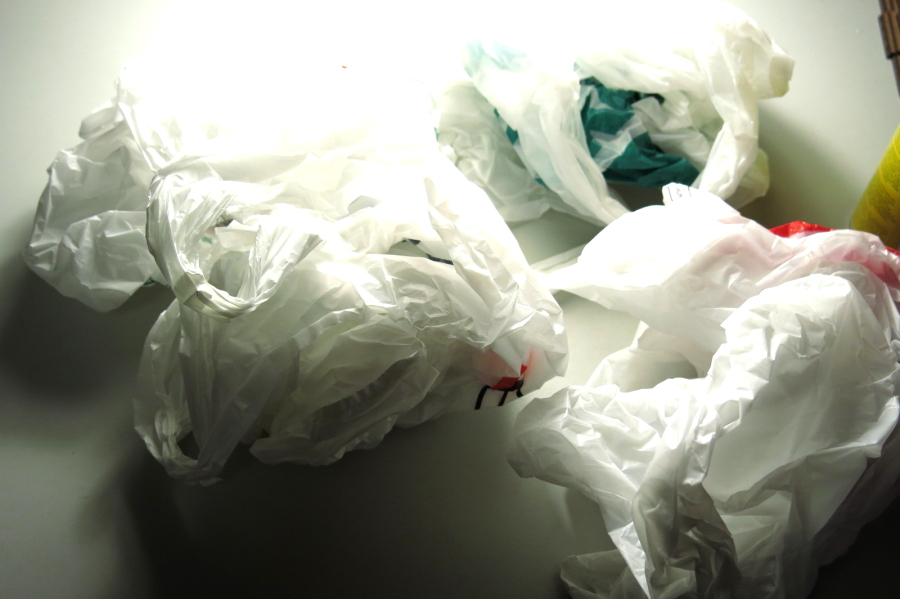 Picture of Plastic Grow-bomb: Hydroponics From Plastic Bags