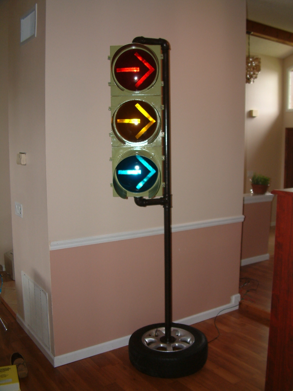Picture of Arduino Traffic Light Controller W/Remote Control