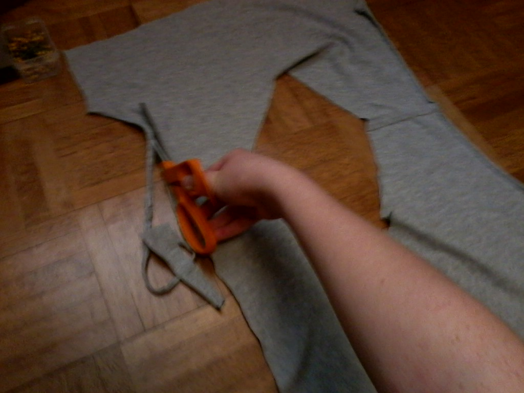 Picture of Cutting the Sides and Straps