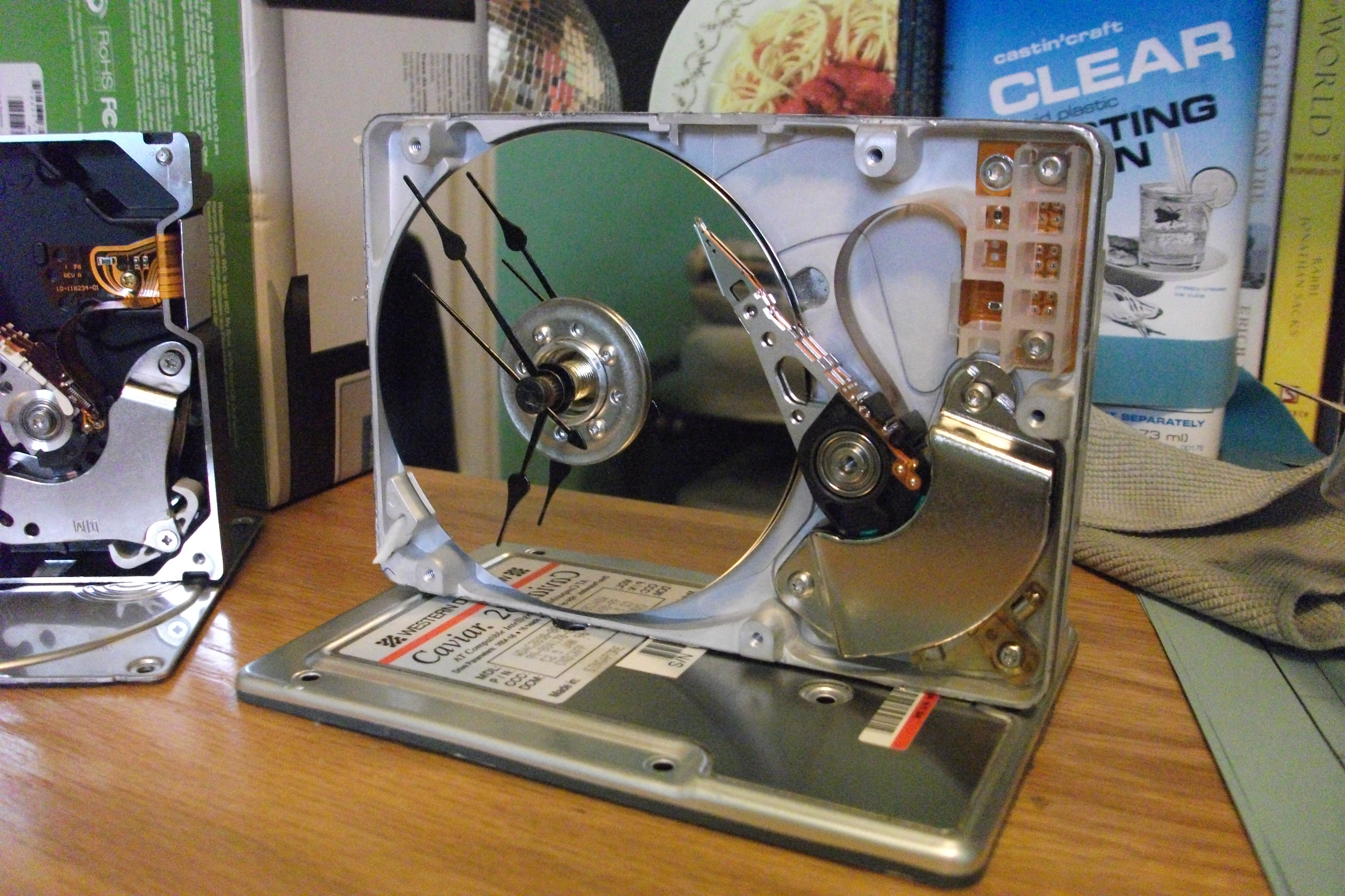 Picture of Recycled Hard Drive Desk Clock