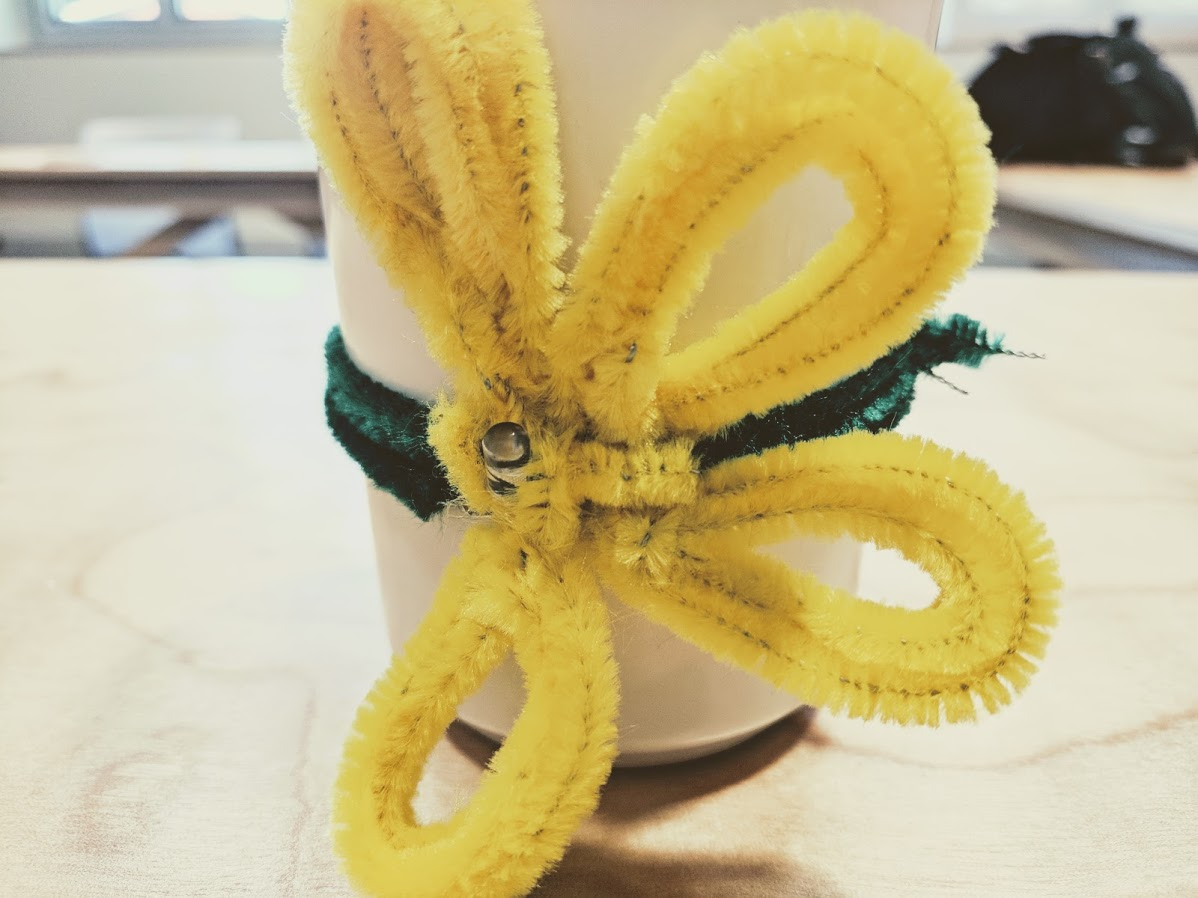 Picture of Step 8: Attach the Petals to Your Mug