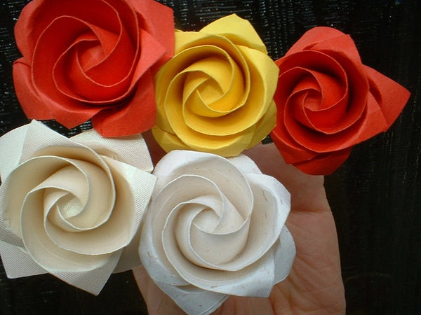 How to Make an Origami Valentines Day Kawasaki Rose!