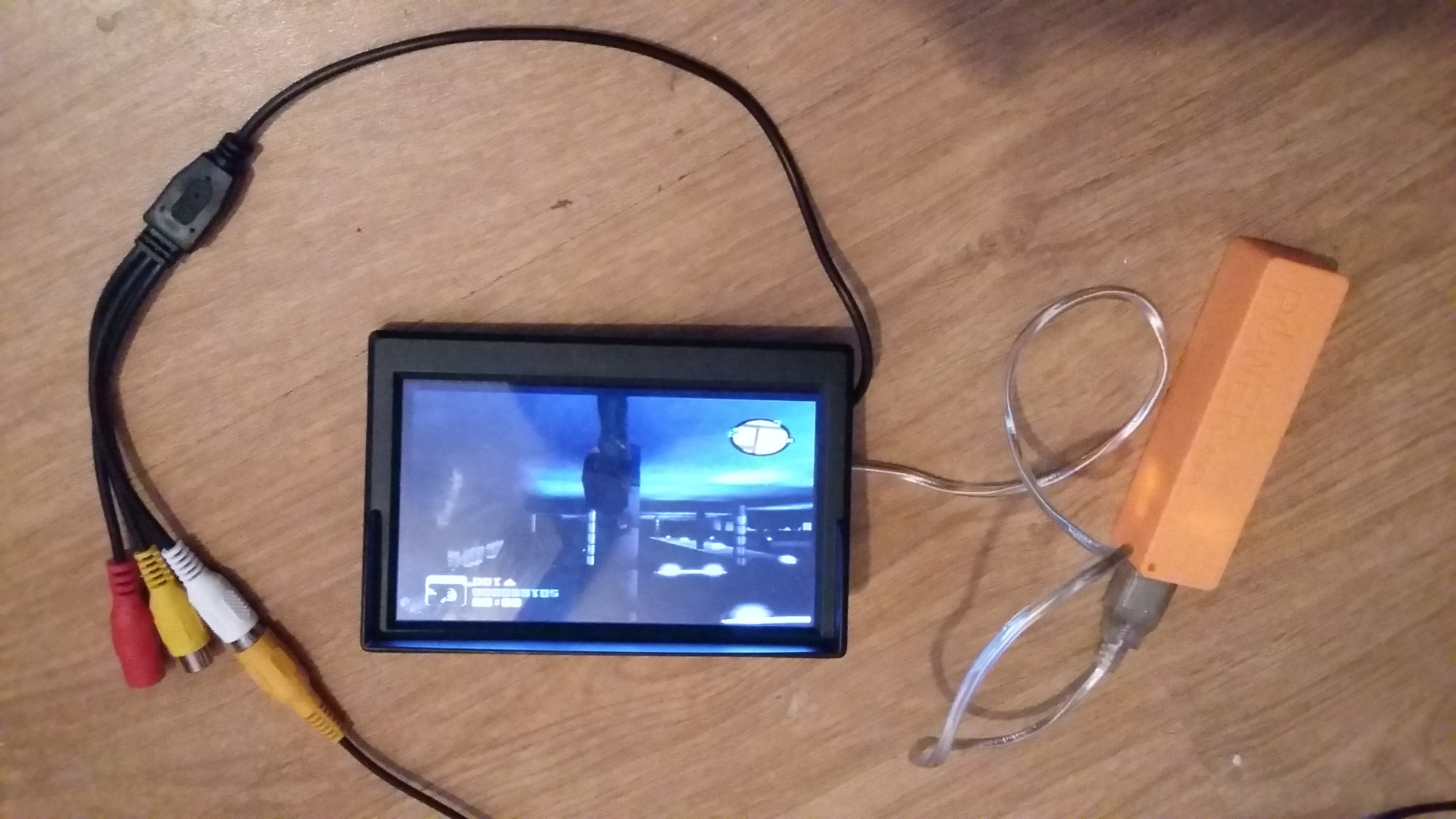 Picture of Enjoy Your 5 Volt Usb Monitor