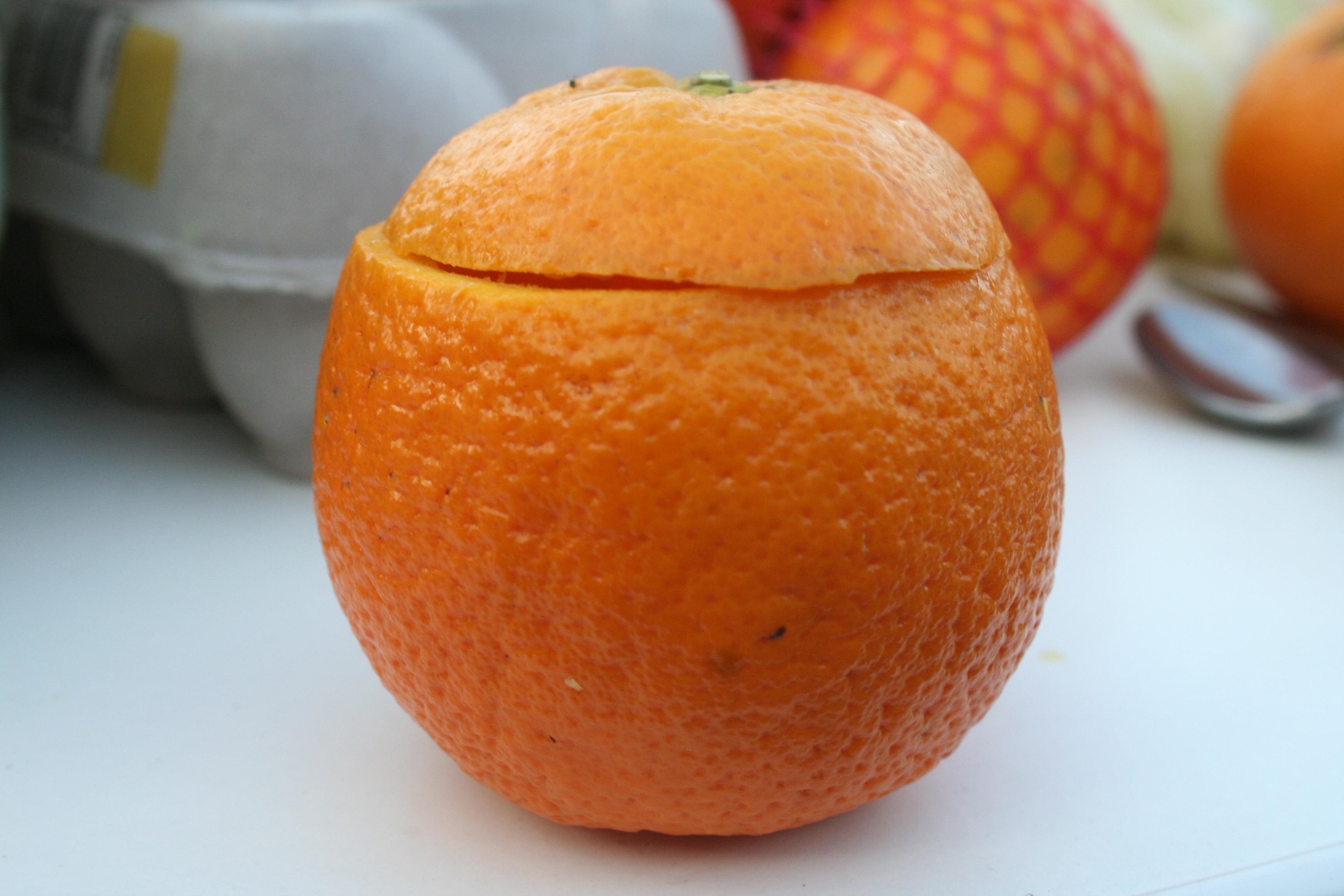 Picture of Preparing the Orange