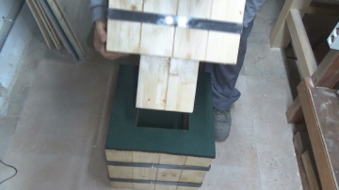 Picture of And It's Time to Ride It. We Place the First Wooden Block, We Continue With the Rubber and the Other Wooden Block. Then We Just Put the Anvil on It and We Have It Ready.