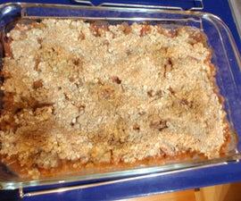 Sweet and Tart Rhubarb Crumble