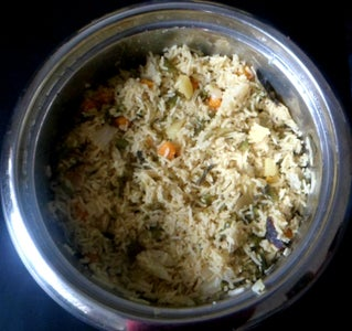 Transfer Prepared Curry to Soaked Rice