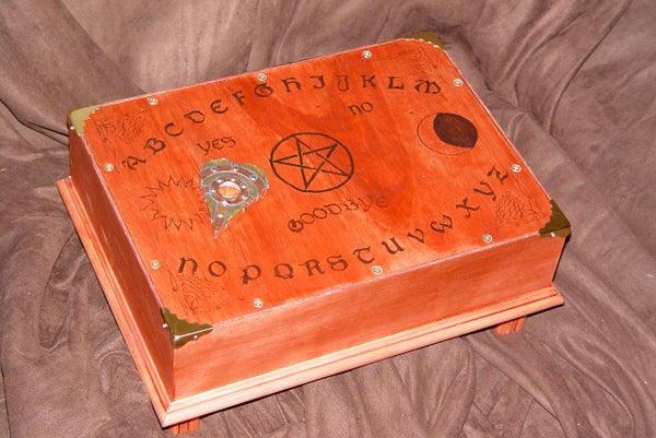 Animated 'Haunted' Ouija Board