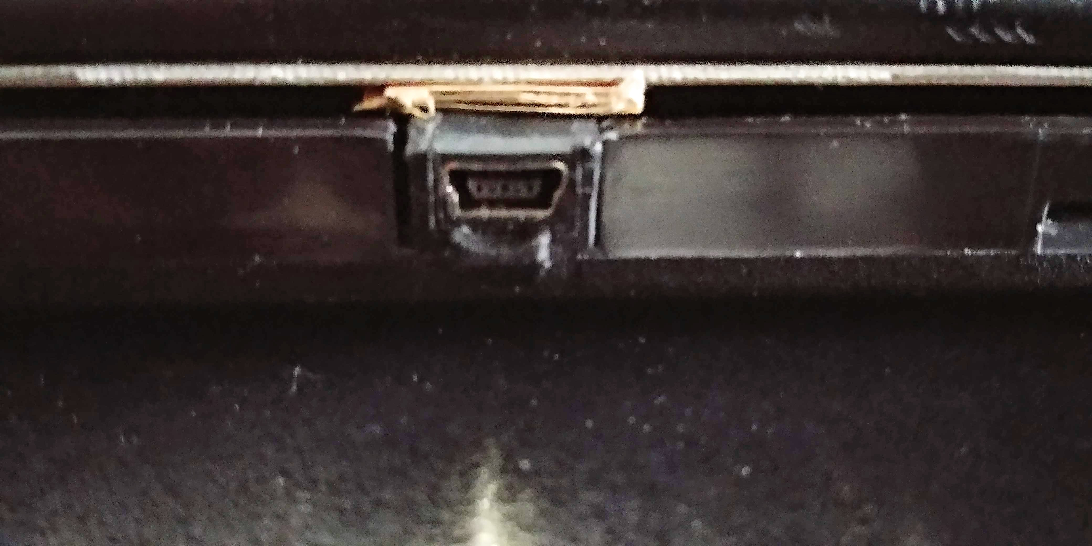 Picture of Fit Wire to Case