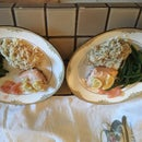 Salmon Filet Poached in Lemon Juice and Butter Without Cooking Odor