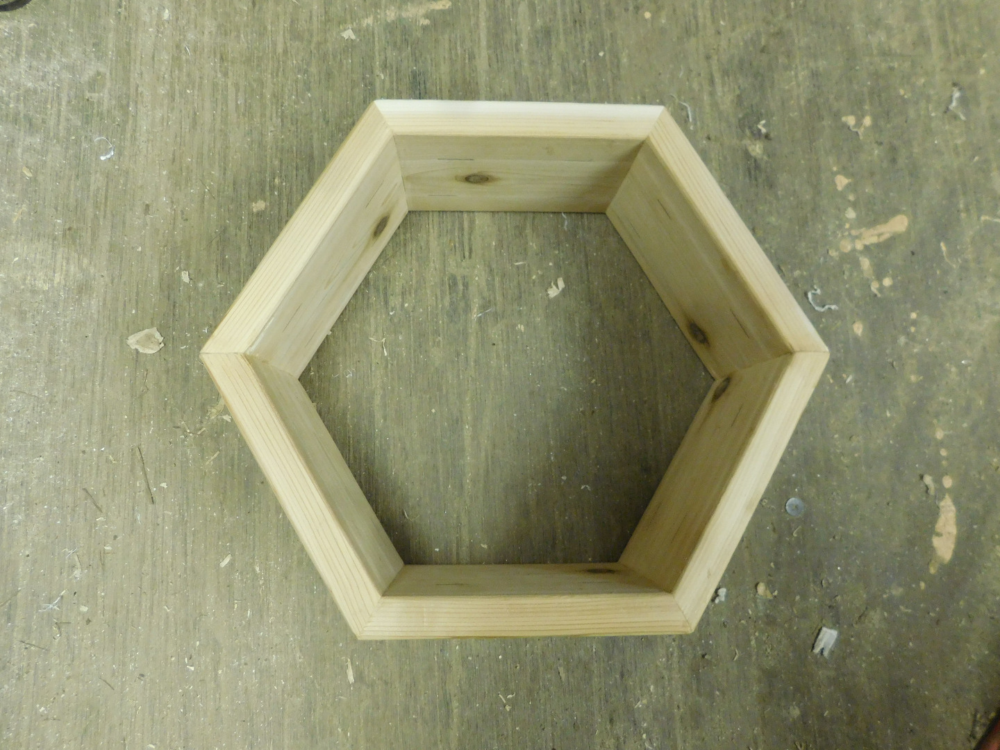 Picture of The First Hexagon: the Bottom Board and the Top Quilt Box
