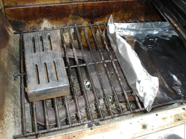 Picture of Set Up Your Grill for Indirect Smoking