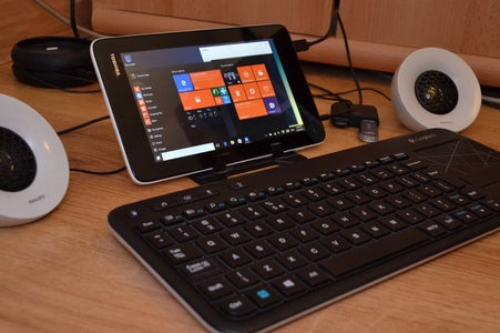 Turn Your Toshiba WT7-C Tablet Into a Full-fledged PC