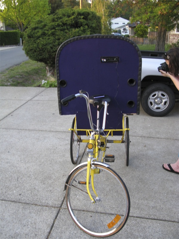 Picture of Make a GhettoBlaster Tricycle
