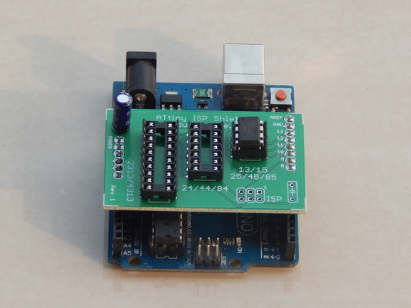 Picture of DIY ATtiny ISP Shield Programmer