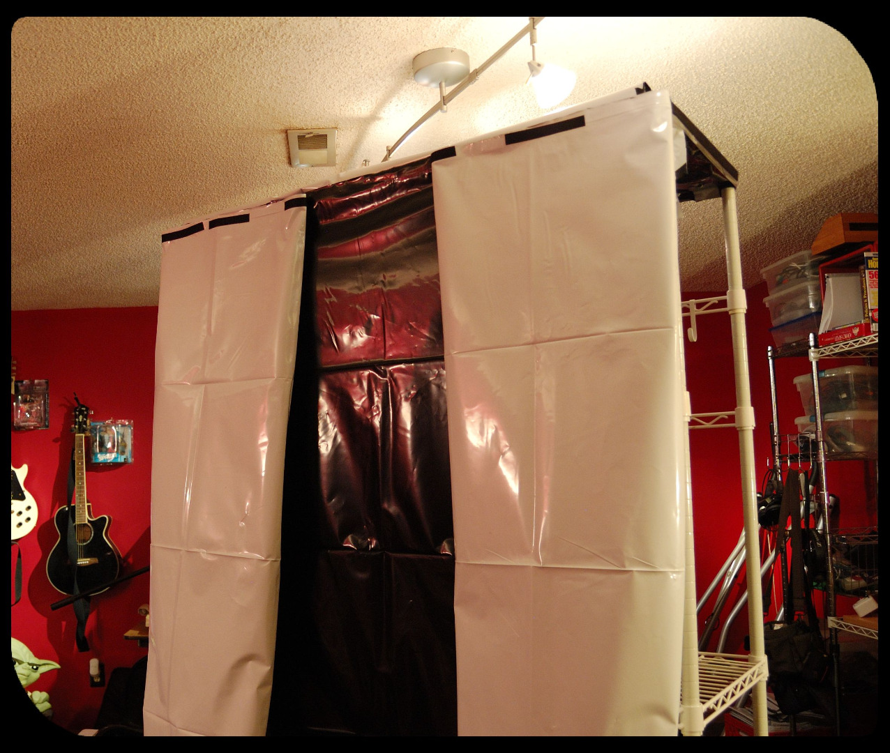 Picture of The Basic Hydroponics Setup Part 5 - Reflective Covering - Ease of Access