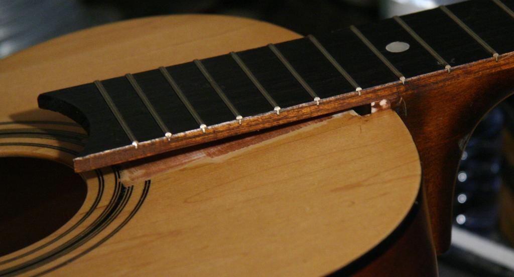 Picture of Repair Guitar Neck
