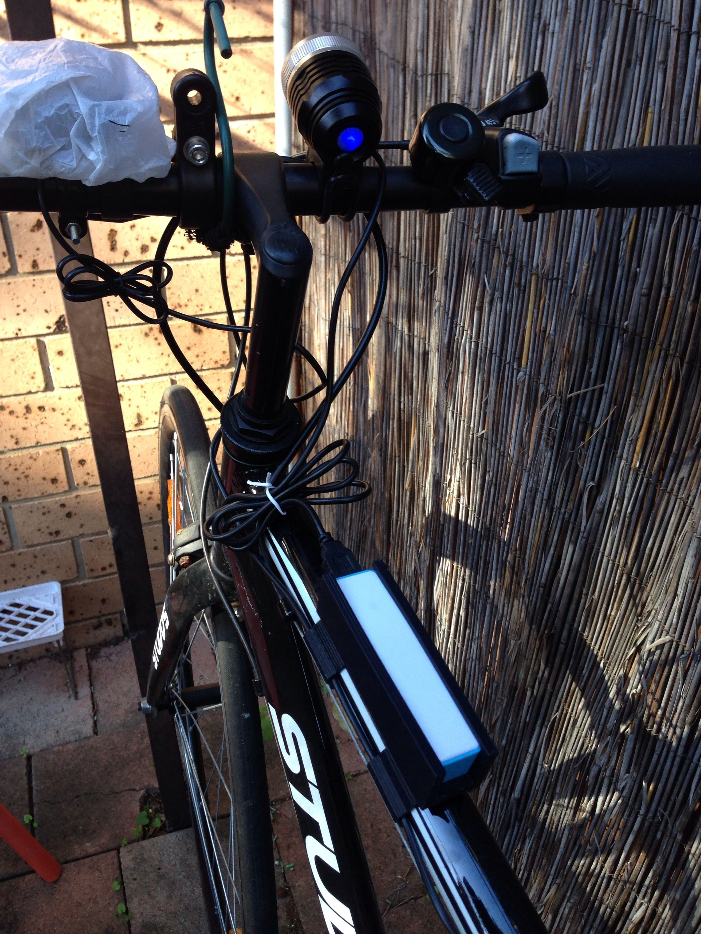 Picture of Sleek Bicycle Frame Powerbank