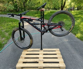 Bike Repair Stand Using a Pallet