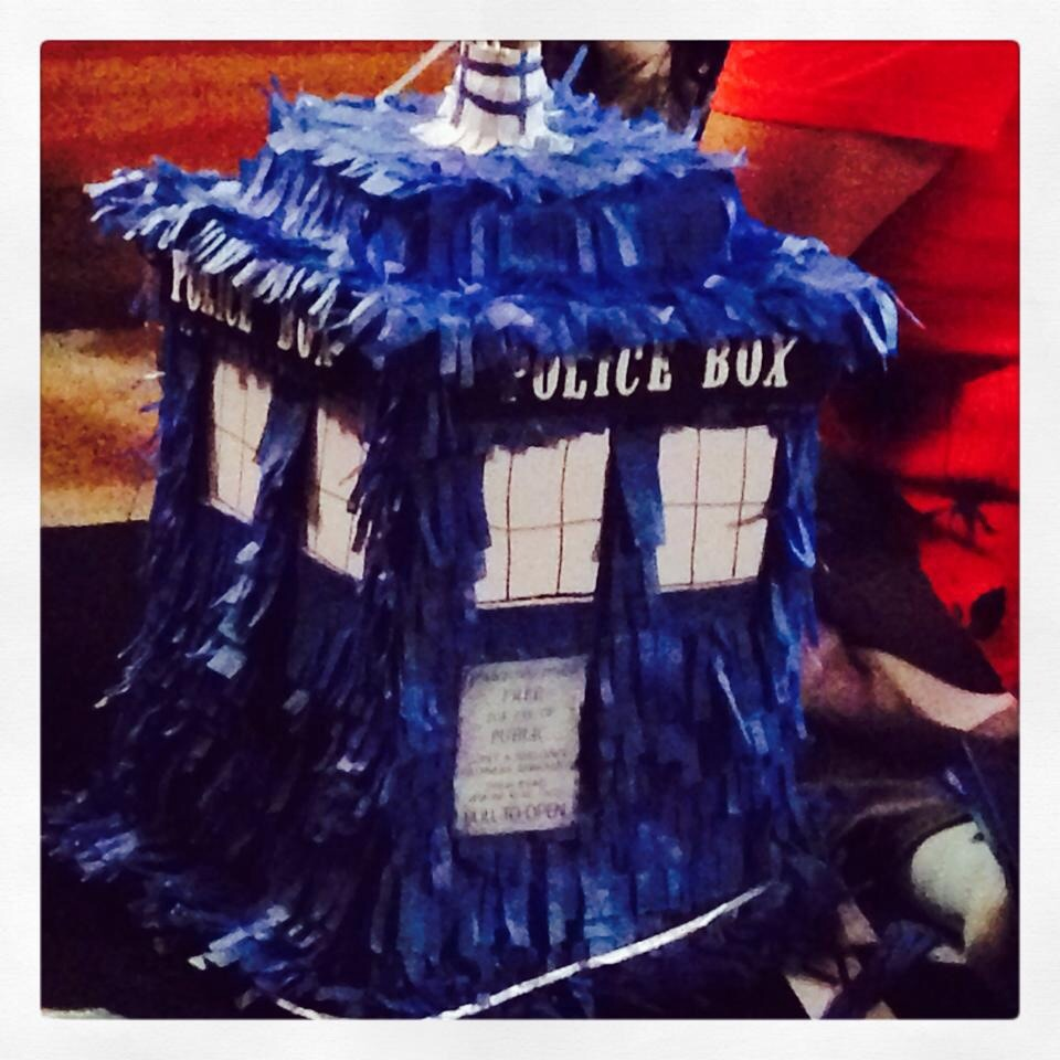 Picture of Tardis Piñata Easy Step by Steps