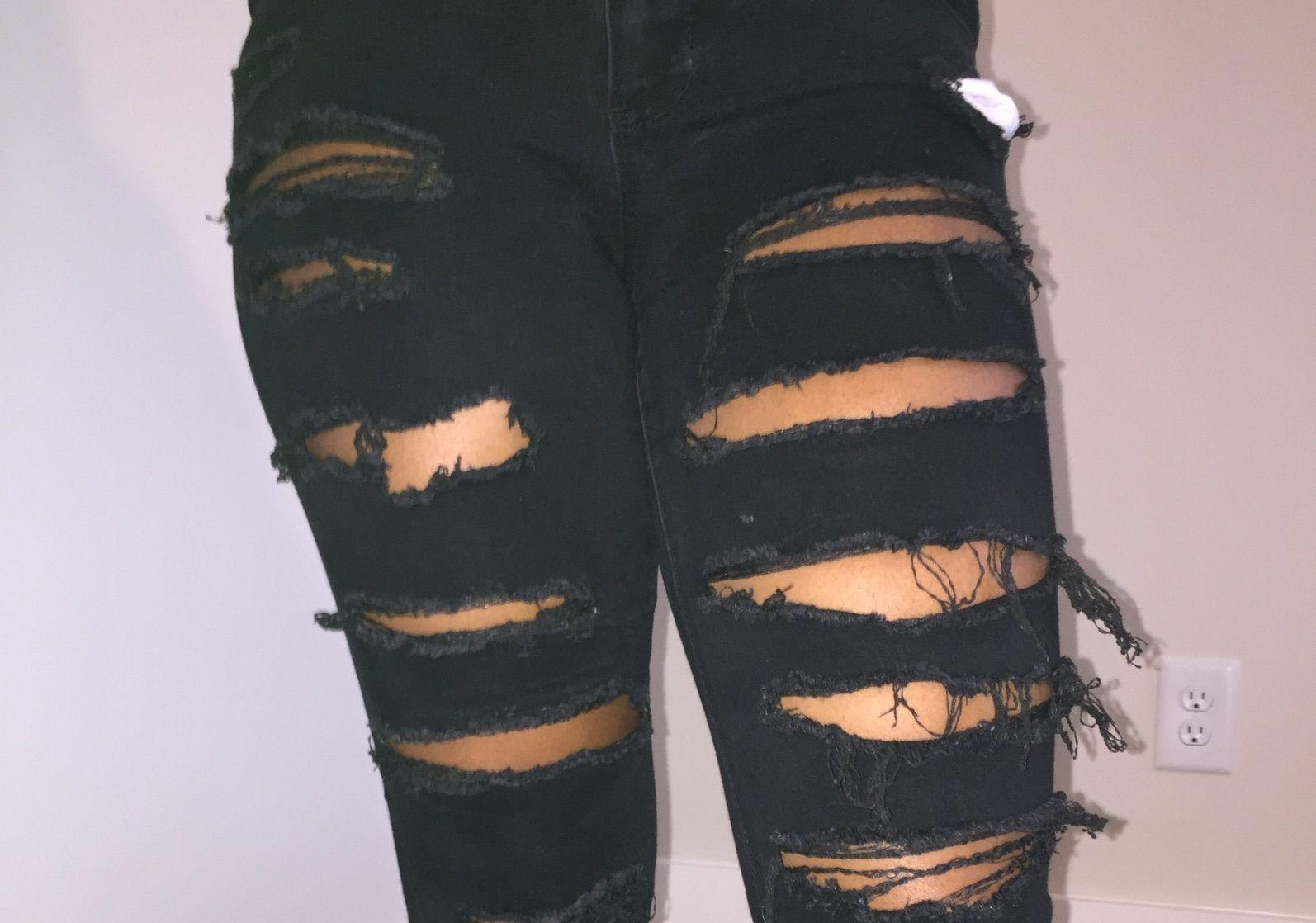 Diy Distressed Jeans 4 Steps