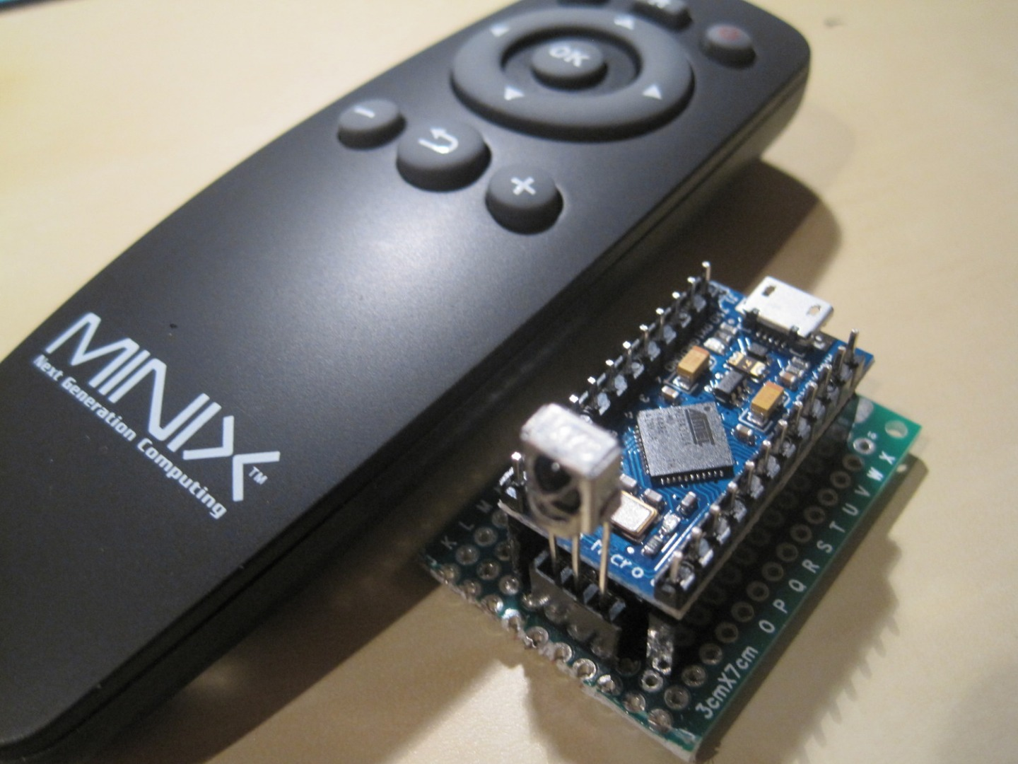 Picture of Simple, Easy and Cheap Wireless Presenter