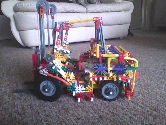 Picture of Knex Forklift 4 Wheel Steering