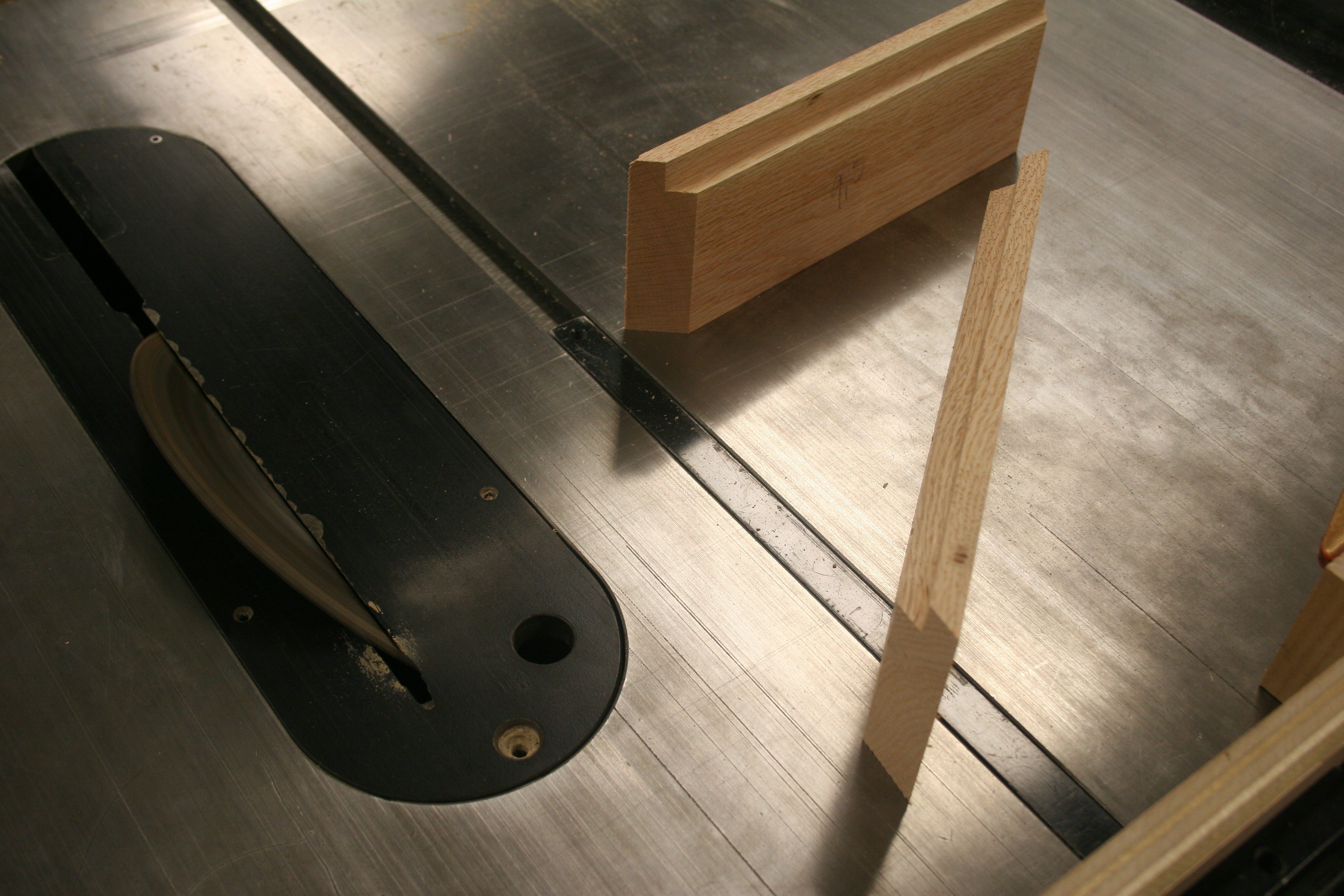 Picture of Cutting Miter on Table Saw