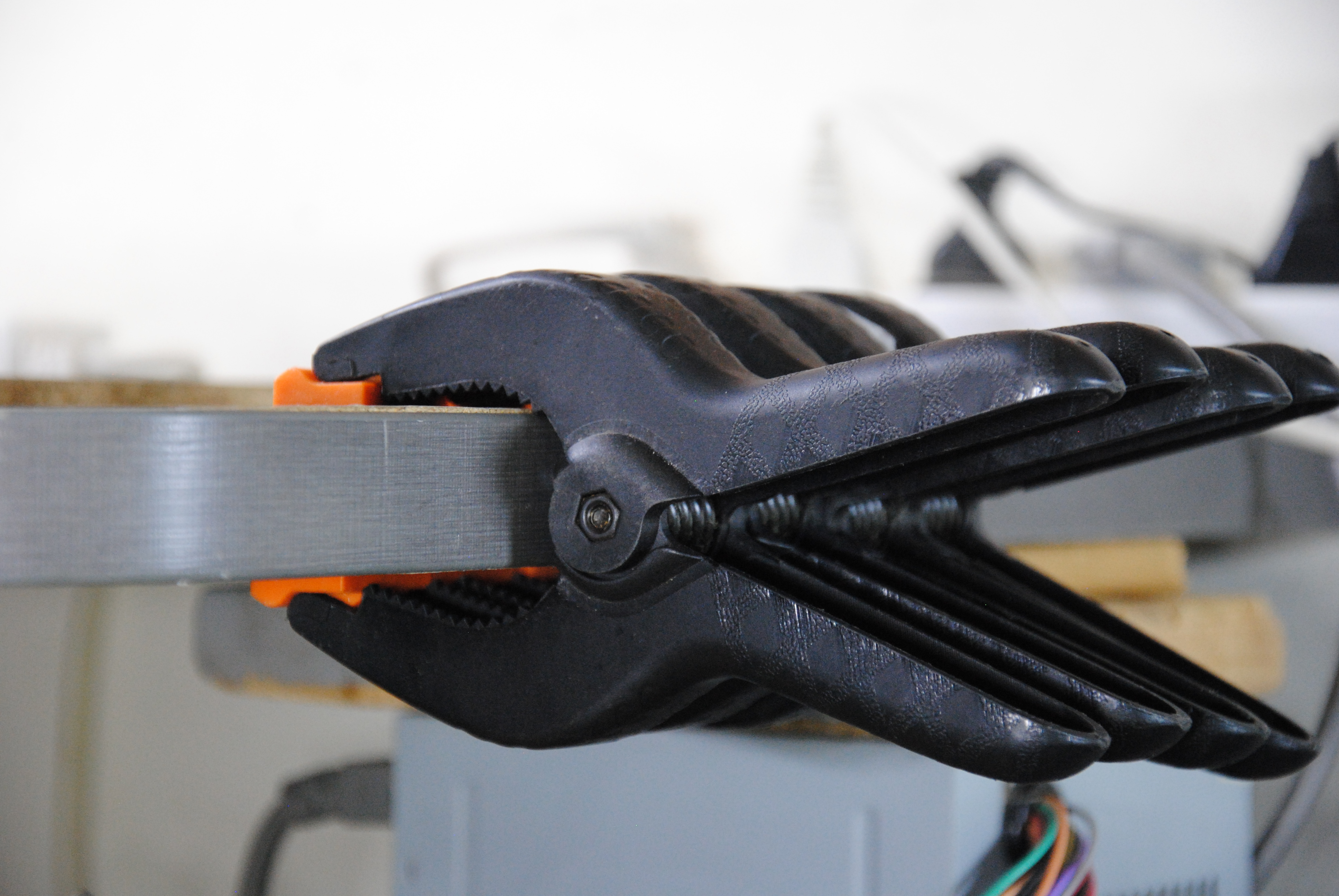 Picture of Clamp Clamps to the Edge of Your Workbench
