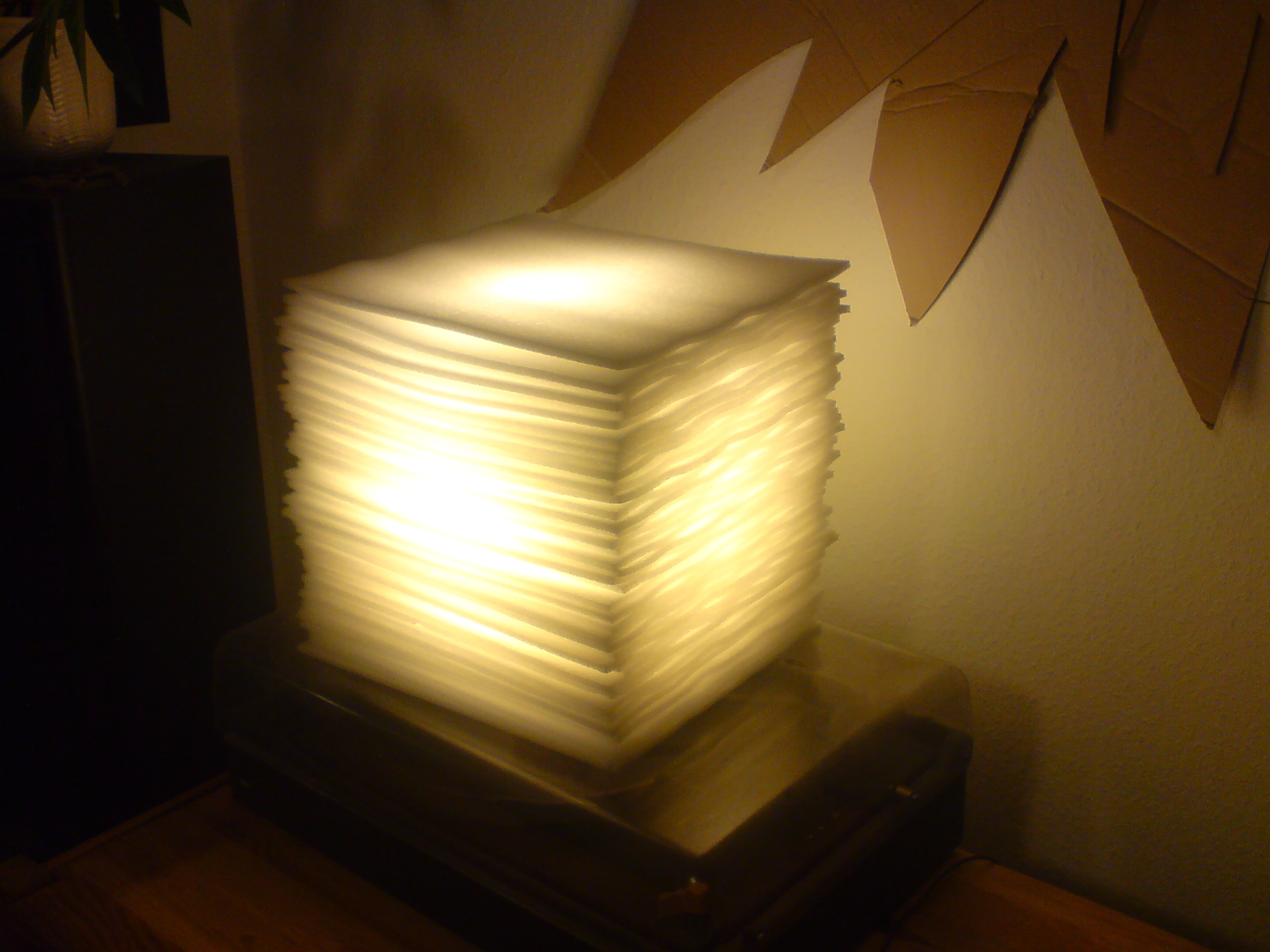 how to build an ambient lamp out of bulk packaging foam - Cloud Lamp Diy