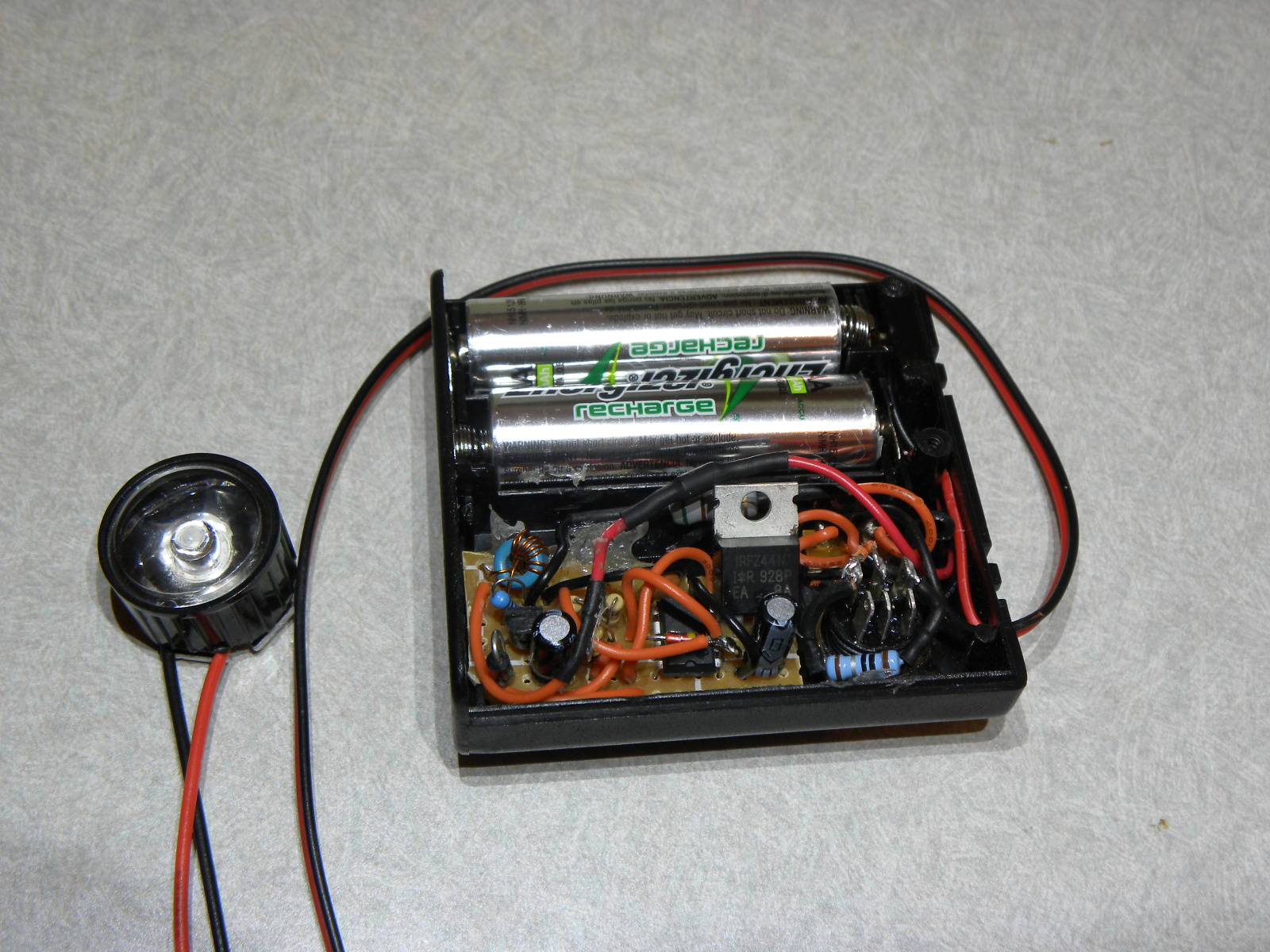 Picture of 3W LED Strobe - 2 AA Batteries and Joule Thief