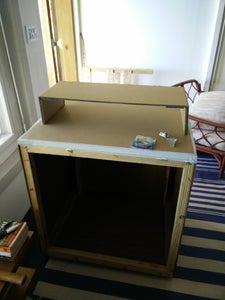 Sit / Stand Pallet Box Desk