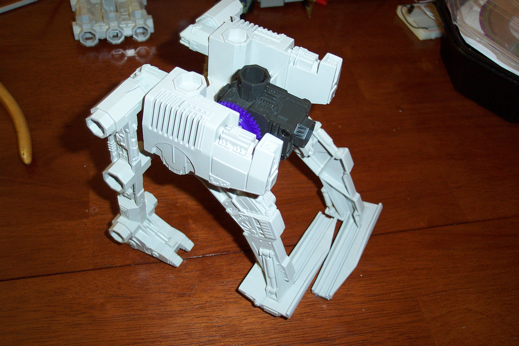 Picture of Here's the Final Assembled Mini-Walking Bot!
