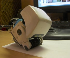 DIY PIXAR: M-O (Microbe Obliterator) Cleaner Bot