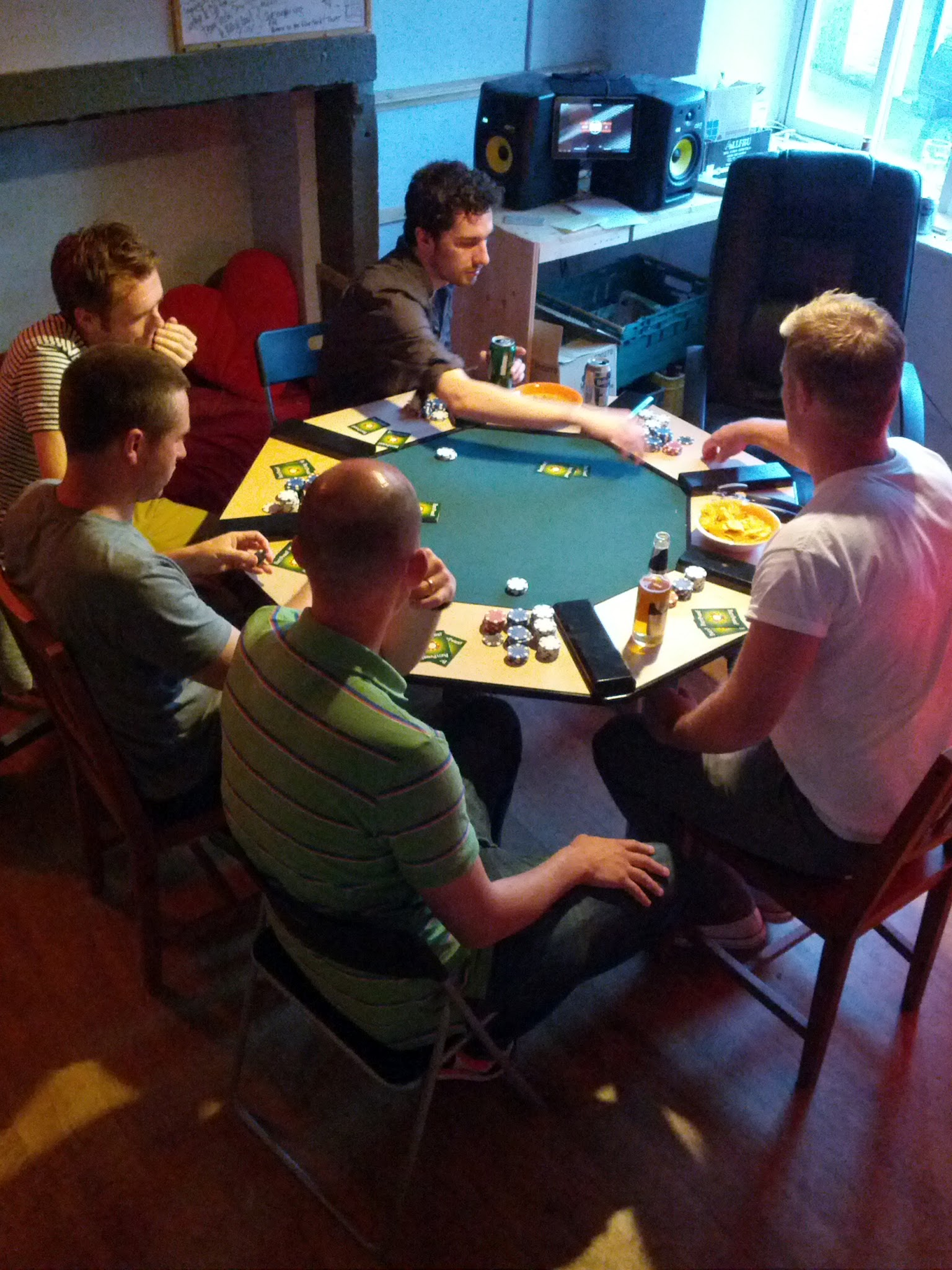 Picture of Easy 8 Seat Poker Table Top With Lighting