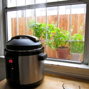 Cooking in a Pressure Cooker VS Stovetop VS Slow Cooker