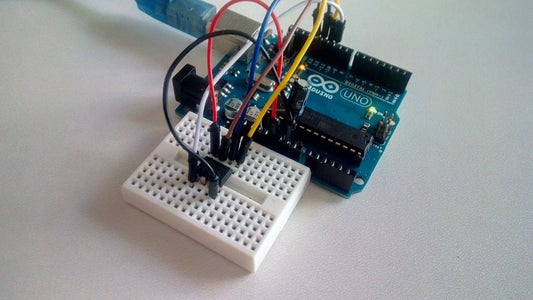 Connecting the Arduino Uno With the ATtiny45