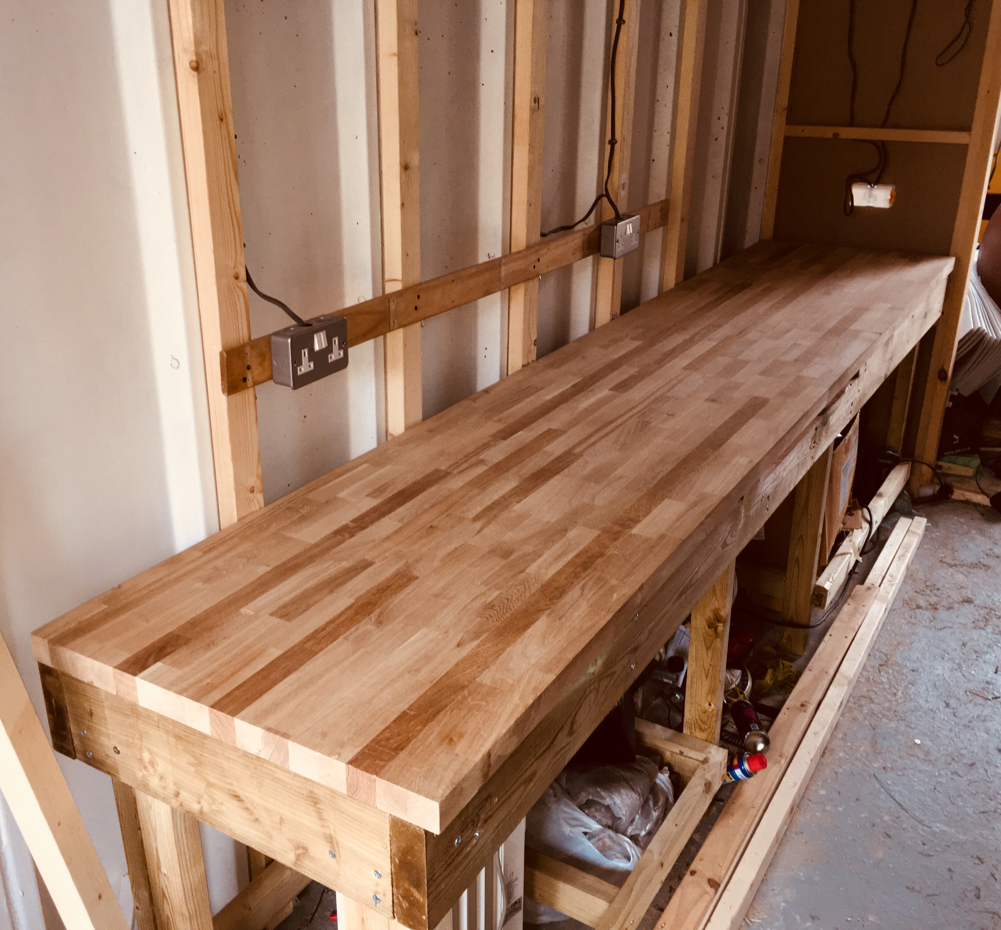 Picture of Adding the Worktop