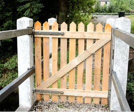 Pallet wood Fence Gate for my bridge